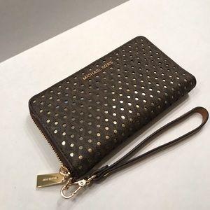 Michael Kors Wristlet Phone Wallet